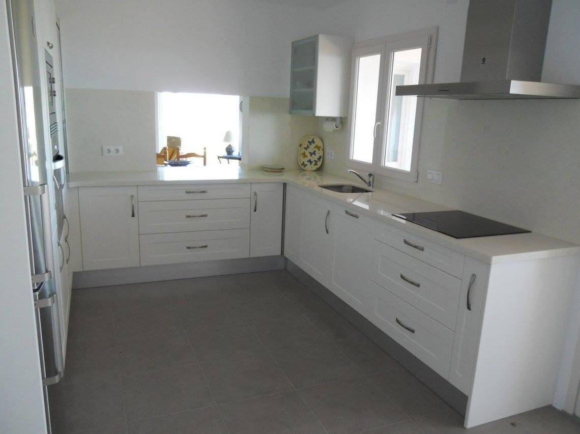 Foto 20 de Muebles de baño y cocina en Oliva | Decocin