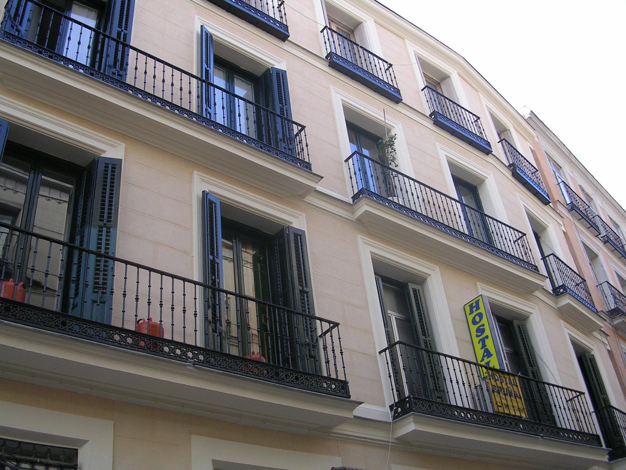Foto 19 de Hostales en Madrid | Hostal Bruña