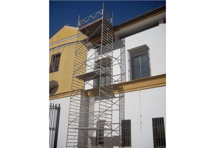 Andamio para reforma de vivienda en Alcalá de Guadaíra