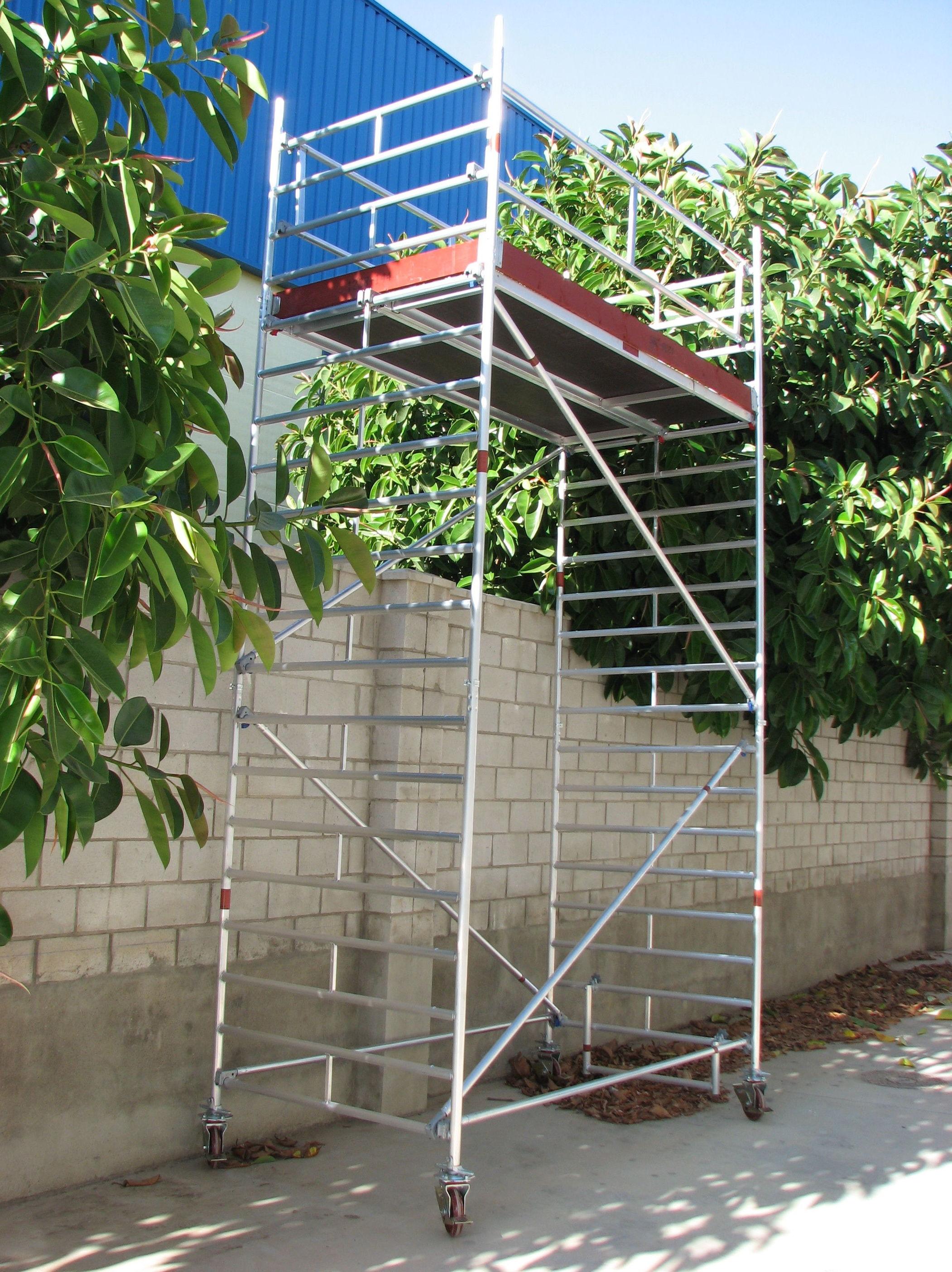 Torre móvil aluminio: Catálogo de Montubo