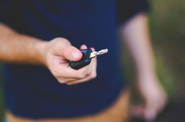 Alquilar un coche, la mejor opción para tus vacaciones