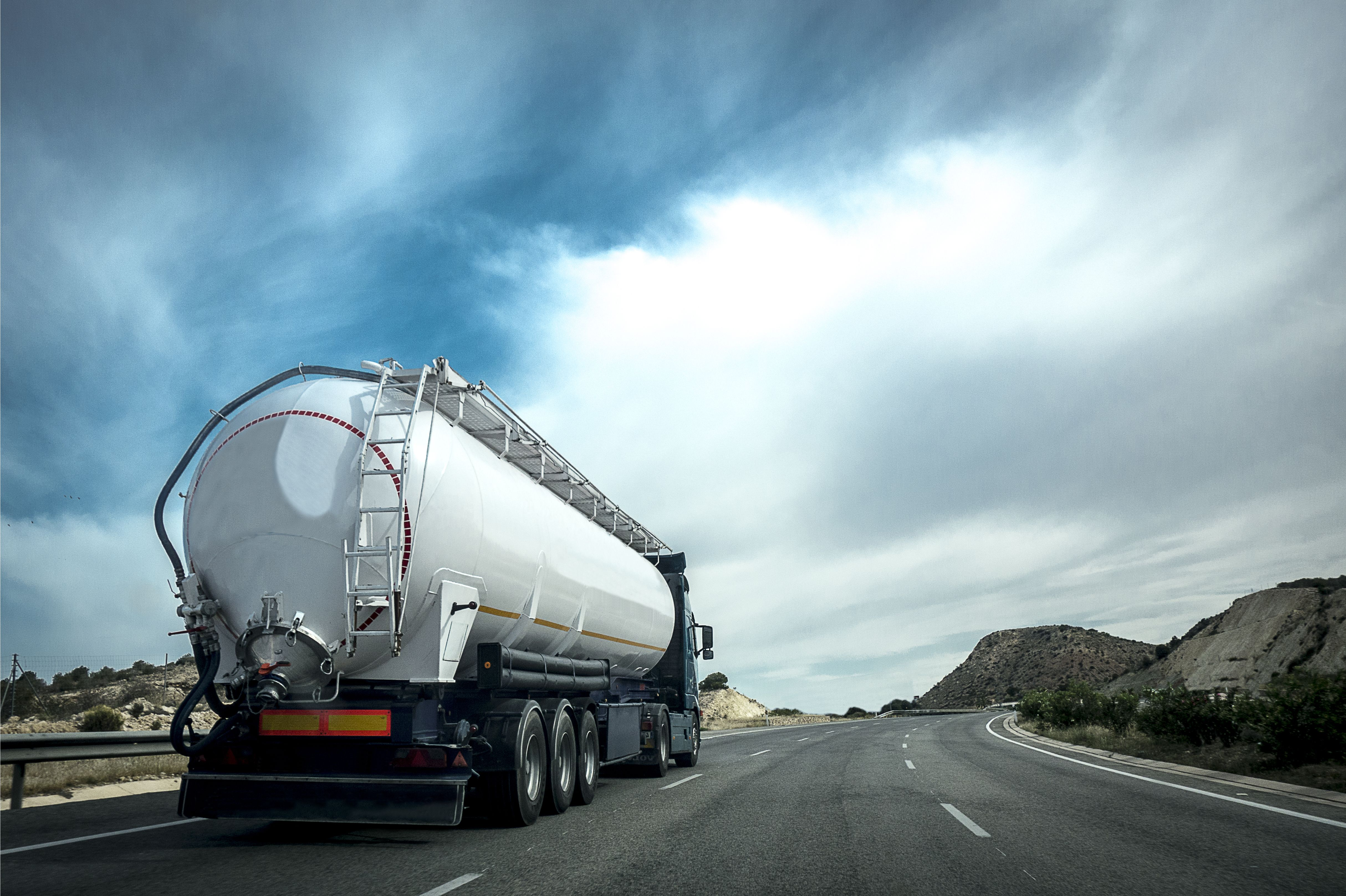 Foto 1 de Gasóleo en  | Combustibles Serra, S.L.