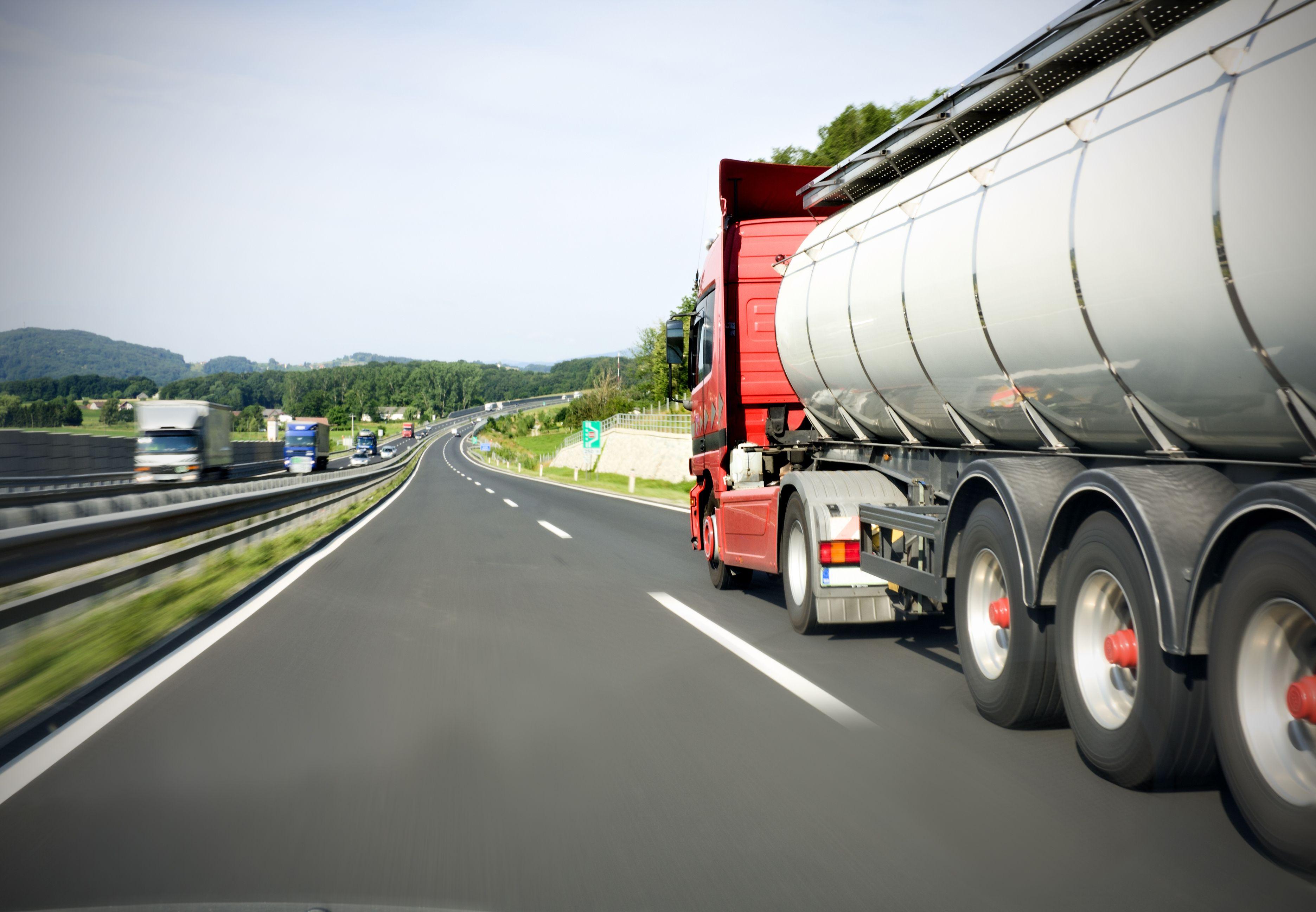 Foto 3 de Diesel oil en Palma de Mallorca | Combustibles Serra, S.L.