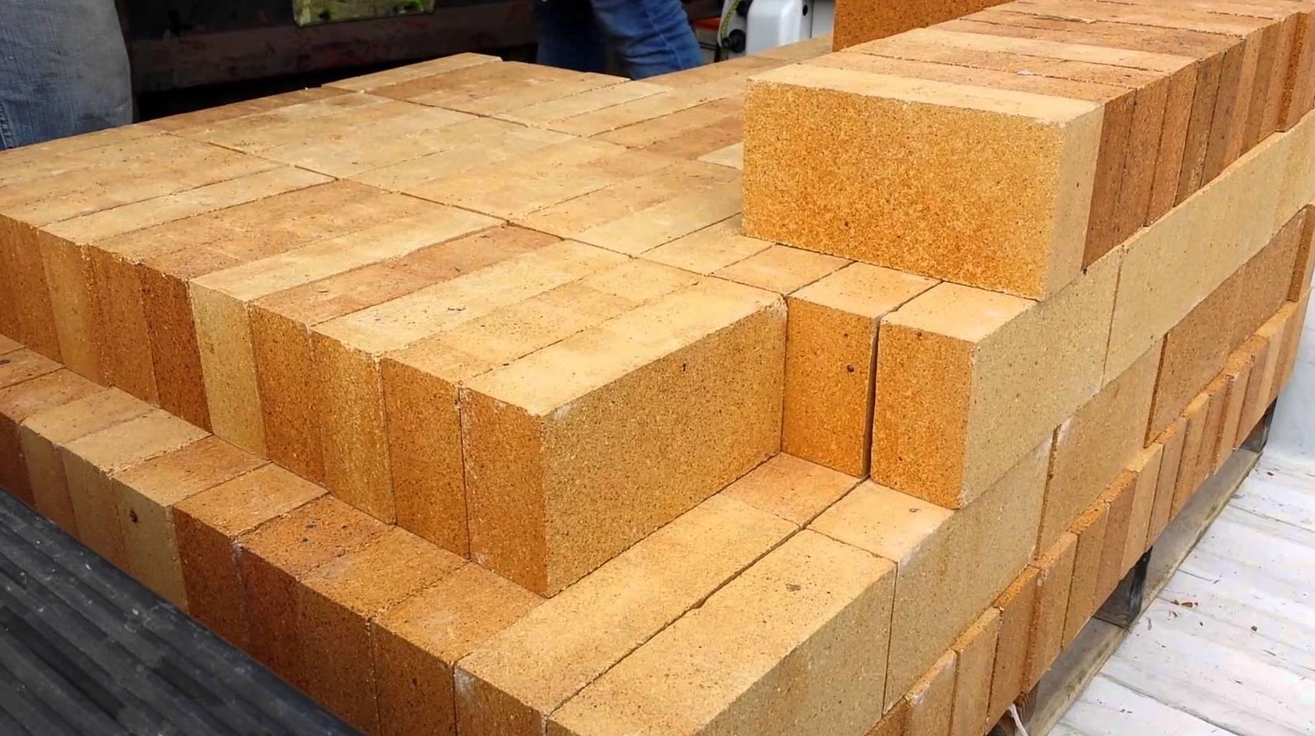 Ladrillos refractarios: Materiales de construcción de Can Curreu