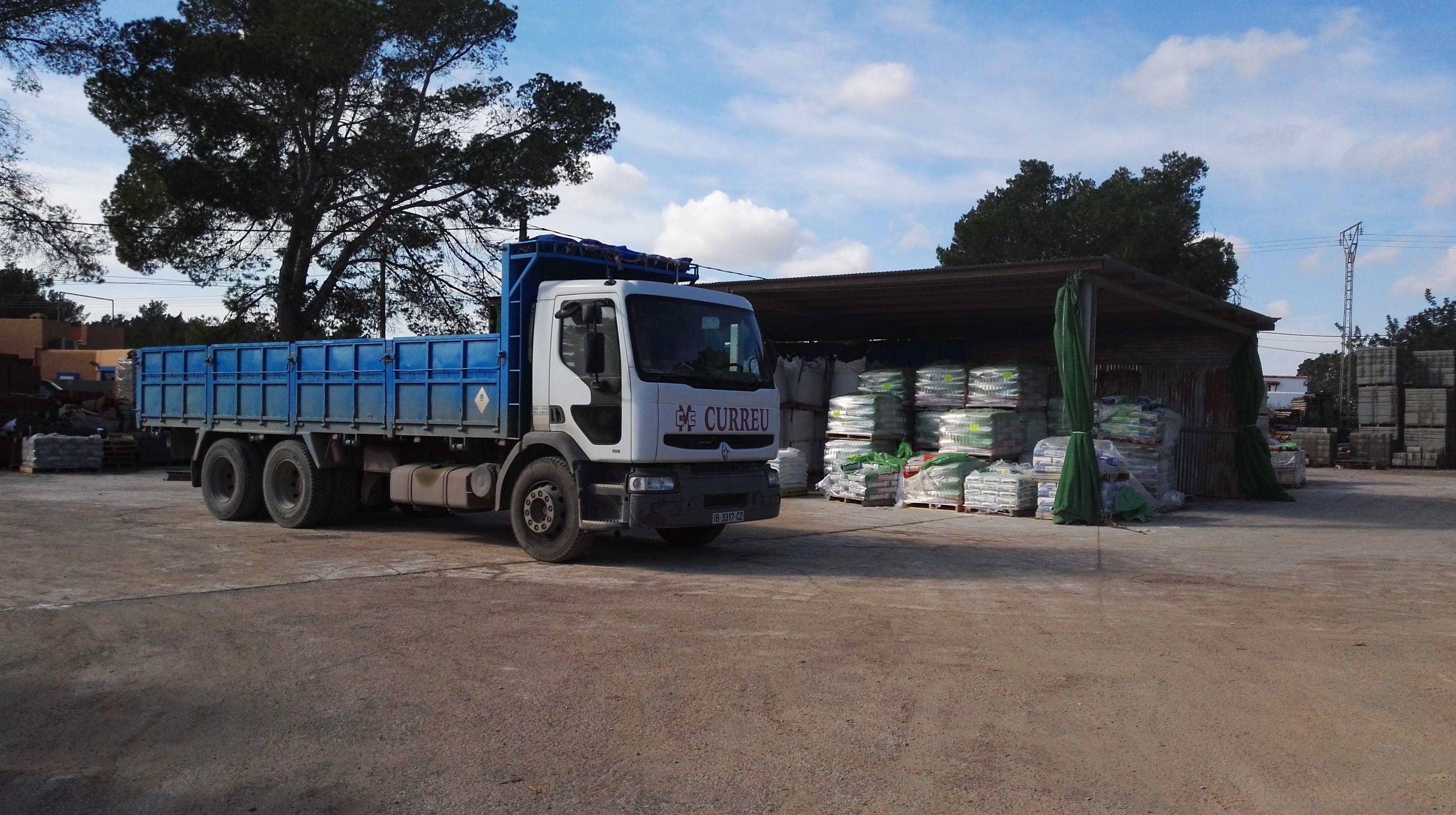 Foto 3 de Materiales de construcción en Santa Eulària des Riu | Can Curreu