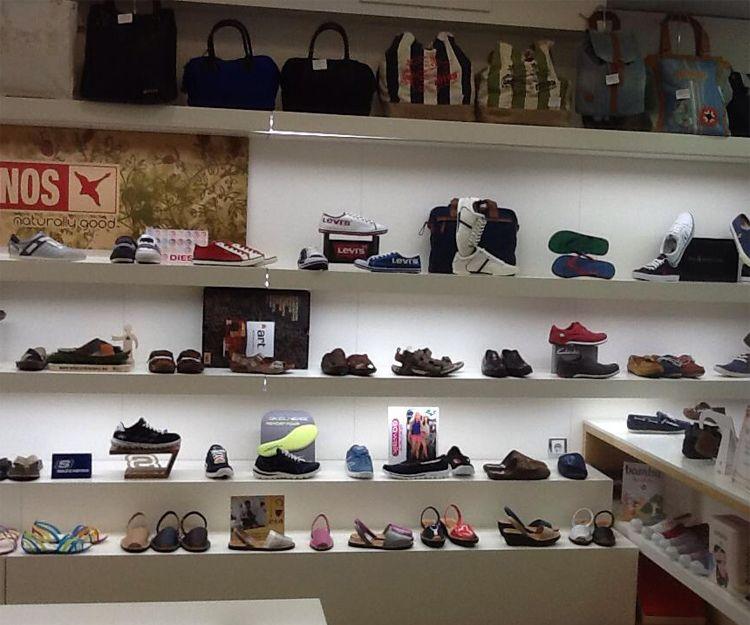 Zapatería de marca en La Eliana