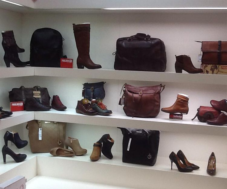 Zapatos de mujer en La Eliana