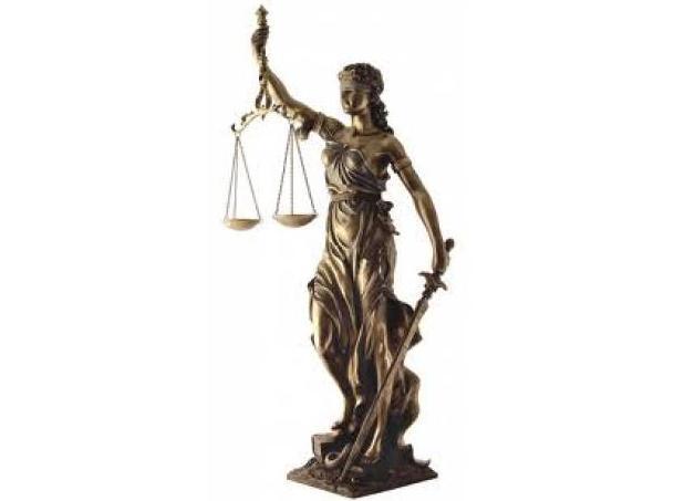 Poderes Sociedad Mercantil: Servicios de Notaría D. Luis Garay Cuadros