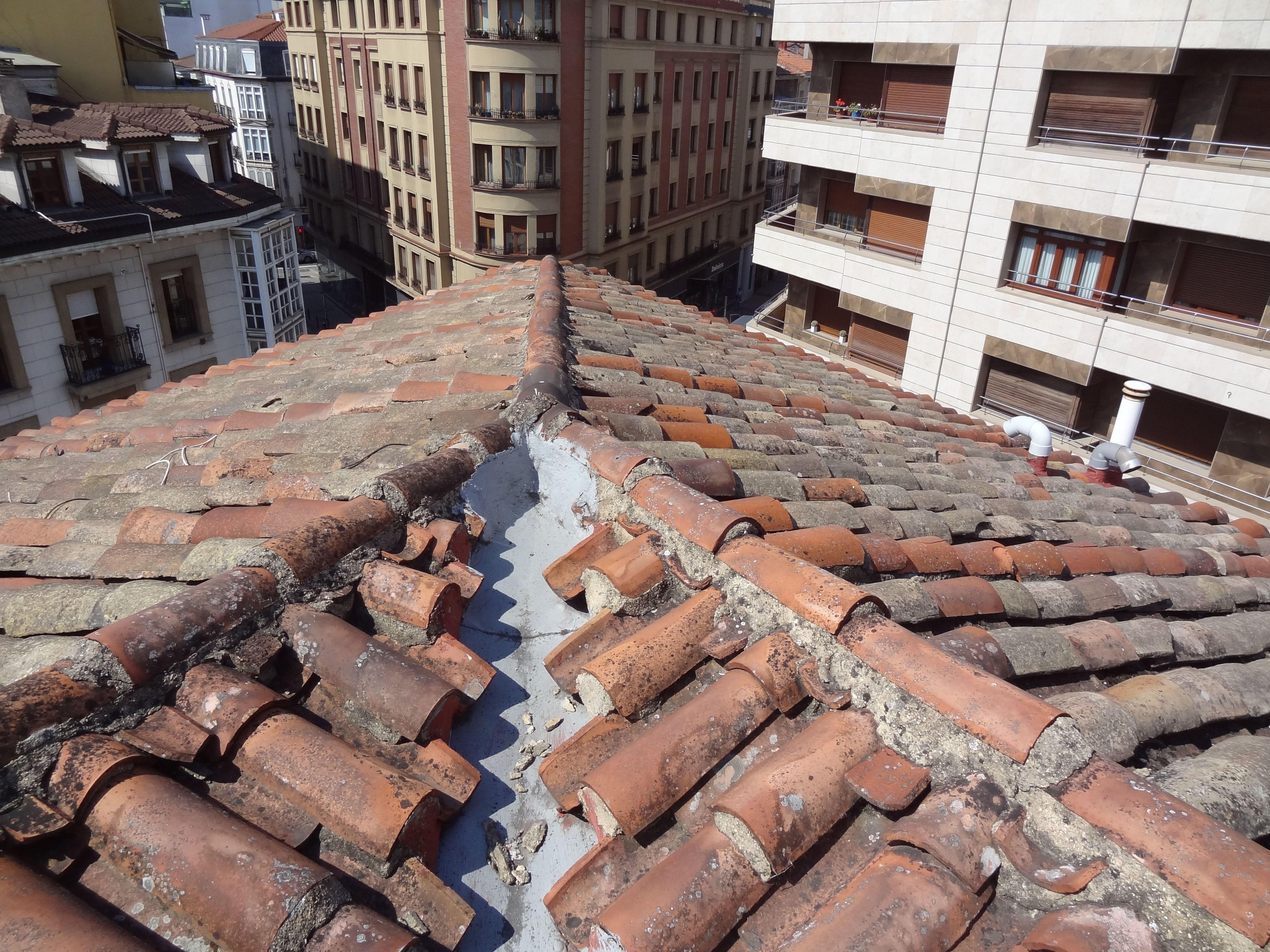 Rehabilitación de tejado en Calle Fueros, 35, Vitoria-Gasteiz