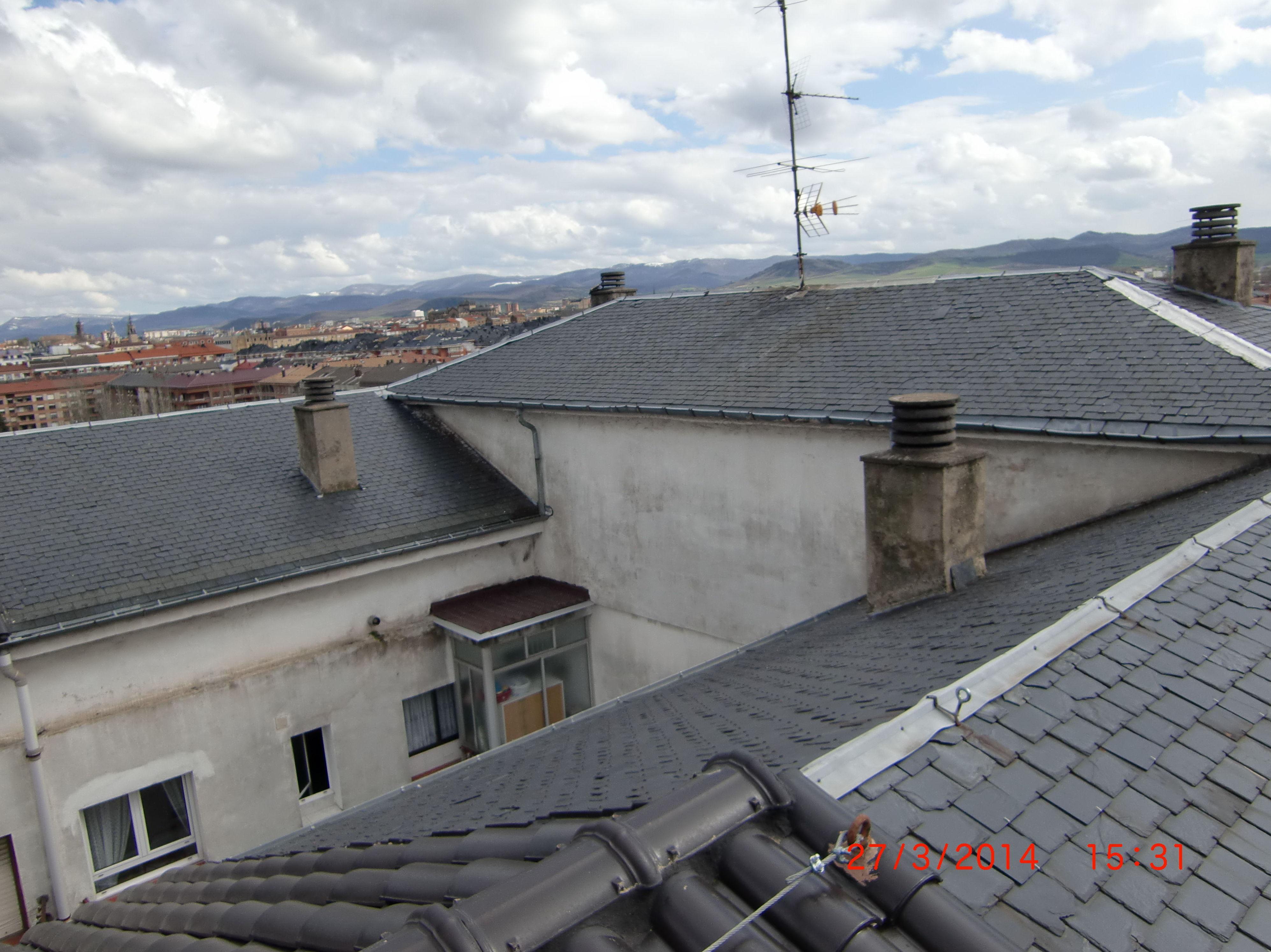 Rehabilitación de tejado en la calle Chile, 6 Vitoria-Gasteiz antes de la obra