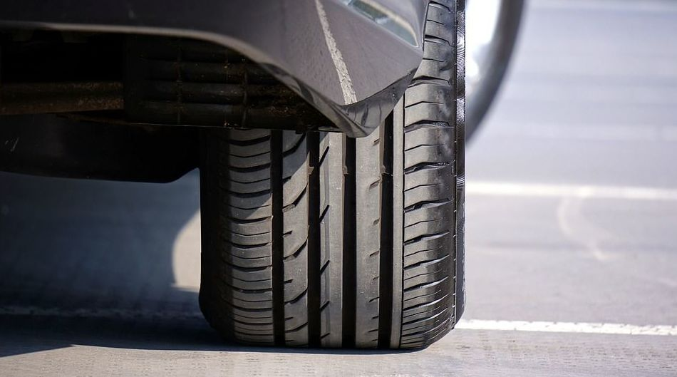 Montaje neumáticos en Adeje