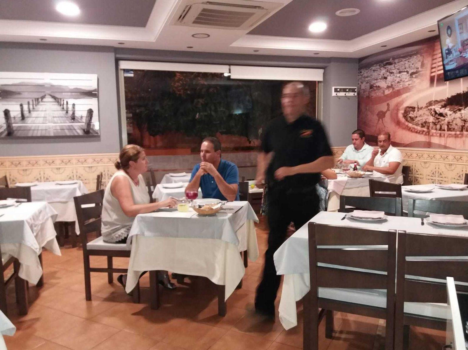 Restaurante de pescados y mariscos en Morón de la Frontera