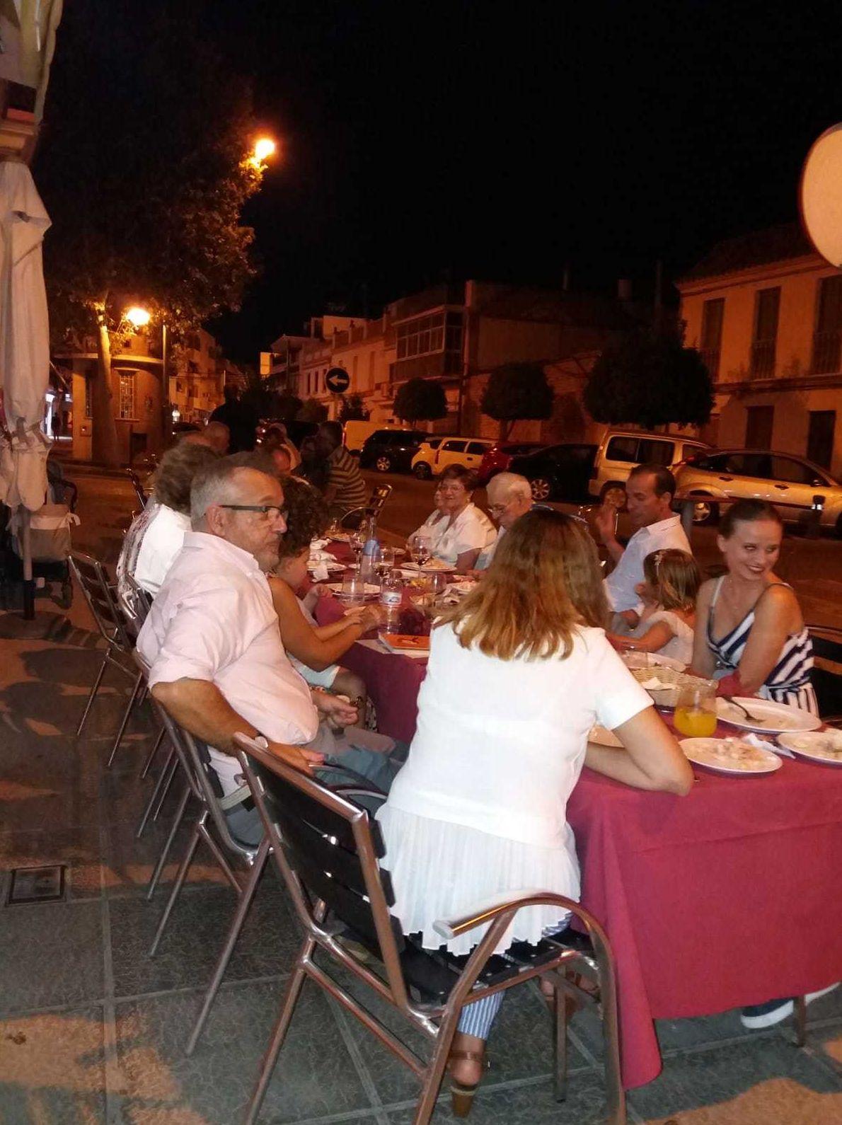Restaurante con terraza en Morón de la Frontera