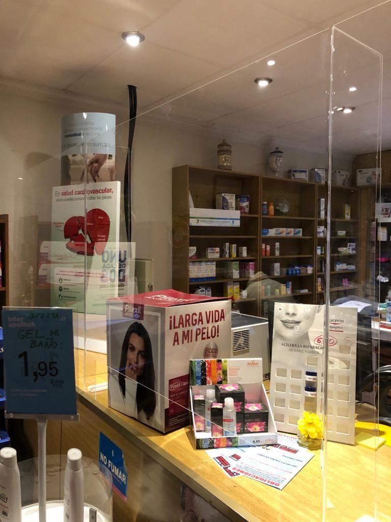 Mamparas divisorias de protección para farmacias
