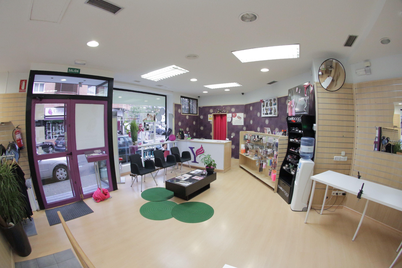 Foto 1 de Academias de peluquería y estética en Collado Villalba   Vevey