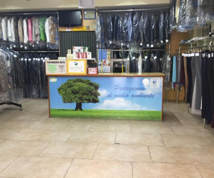 Interior de nuestra lavandería ecológica en Tarragona