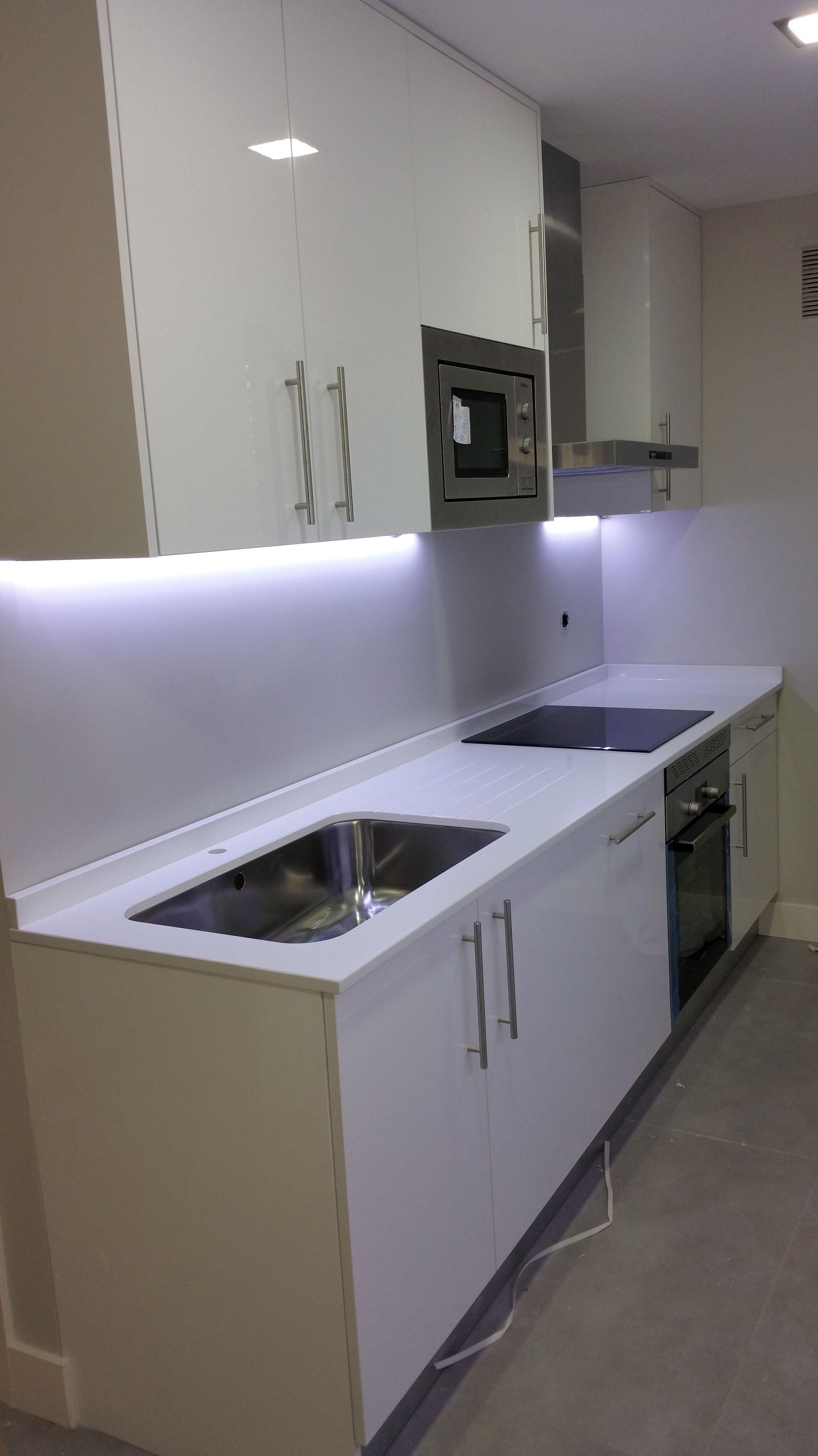 Foto 11 de Muebles de baño y cocina en Madrid | Estudios y Proyectos ...