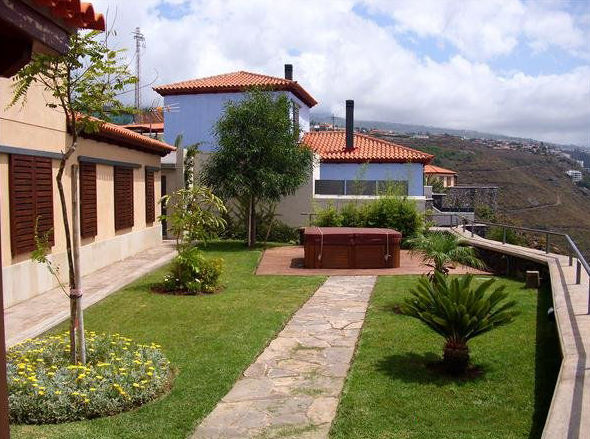 Mantenimiento integral de jardines en Tenerife