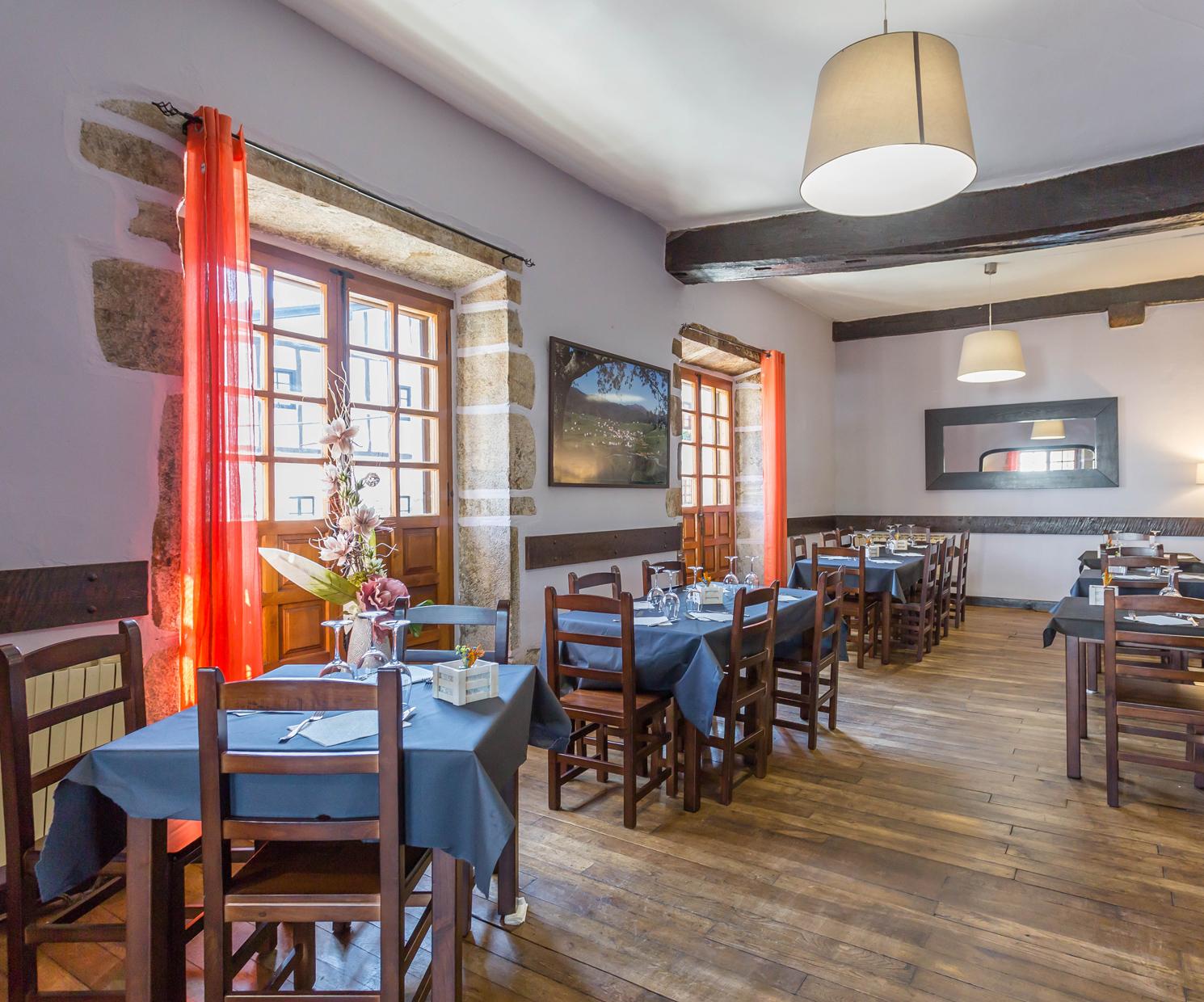 Interior de nuestro restaurante para eventos en Navarra