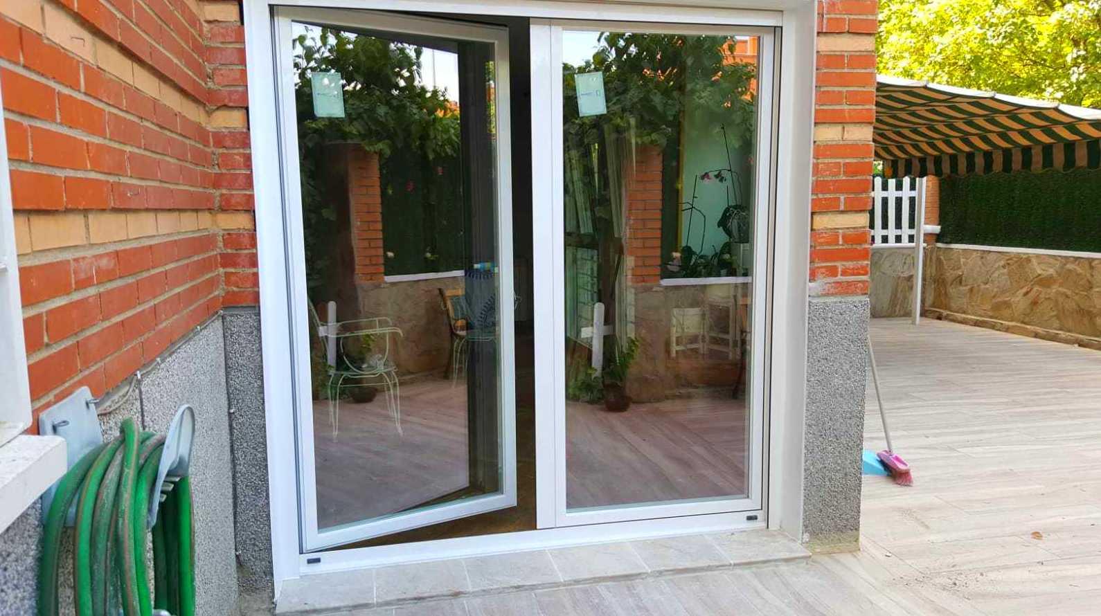 Foto 4 de Carpintería de aluminio en  | Aluminios Sebas