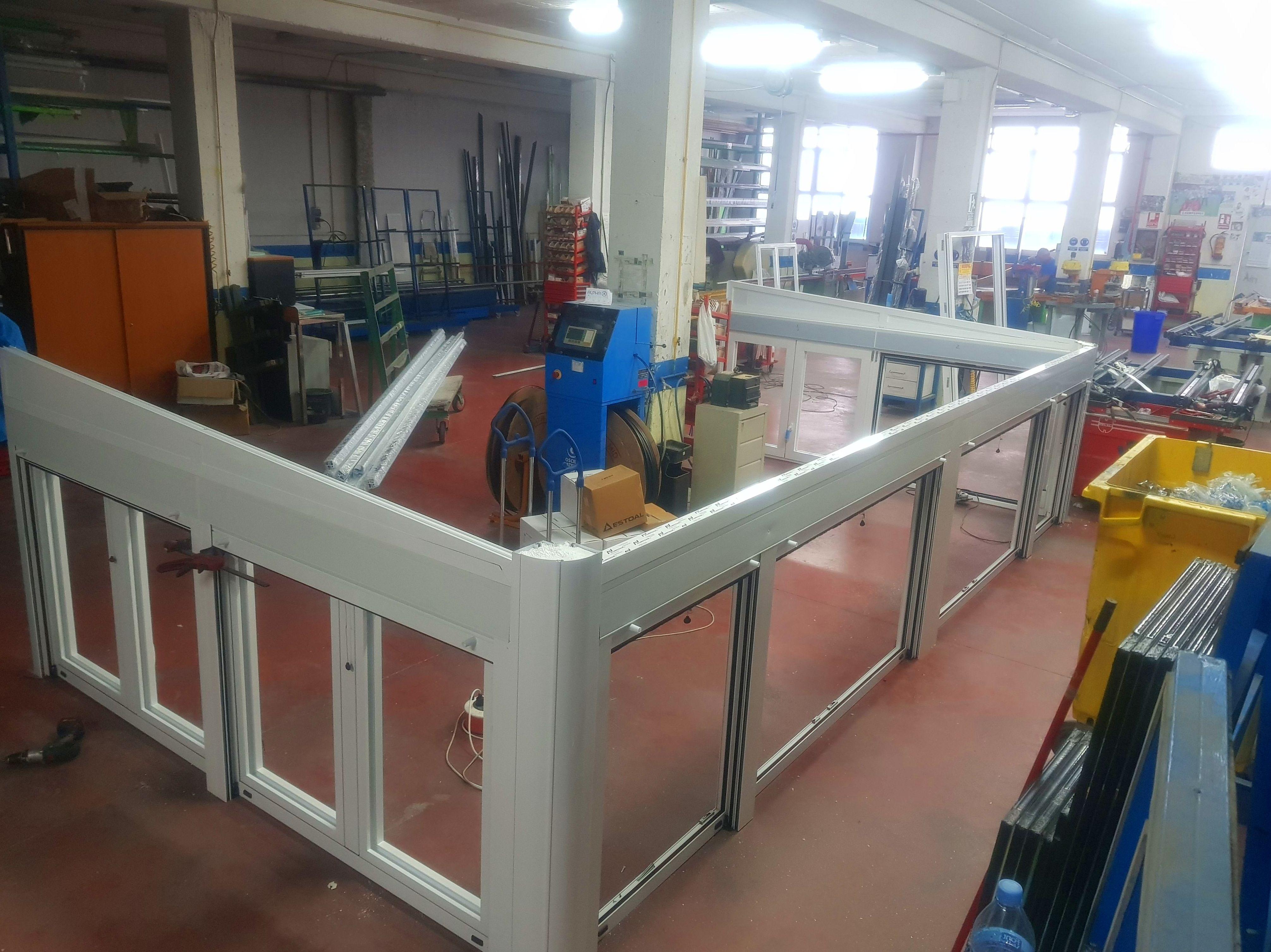 Foto 11 de Carpintería de aluminio en    Aluminios Sebas