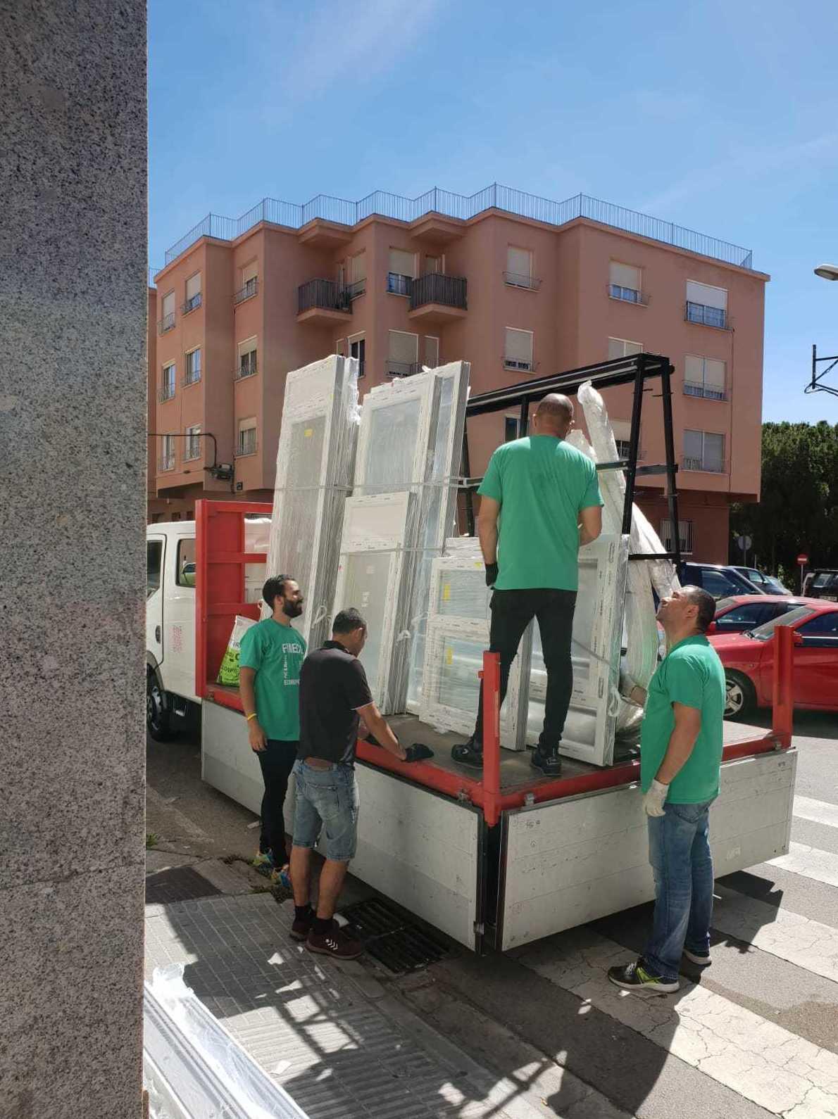 Foto 14 de Carpintería de aluminio y PVC en  | Fineco Finestres Ecològiques