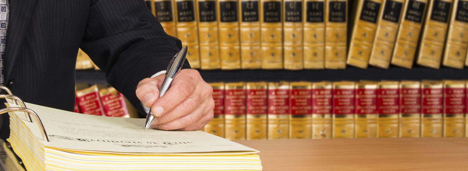 Propiedad Industrial e Intelectual y Derecho de las Nuevas Tecnologías: Áreas Legales de Cifuentes Legal