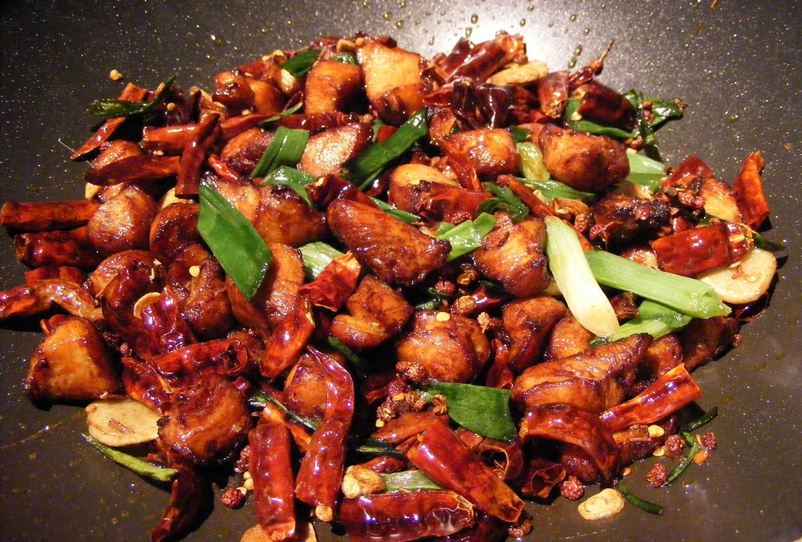 Carne frita con chile: Carta de DANI LIU