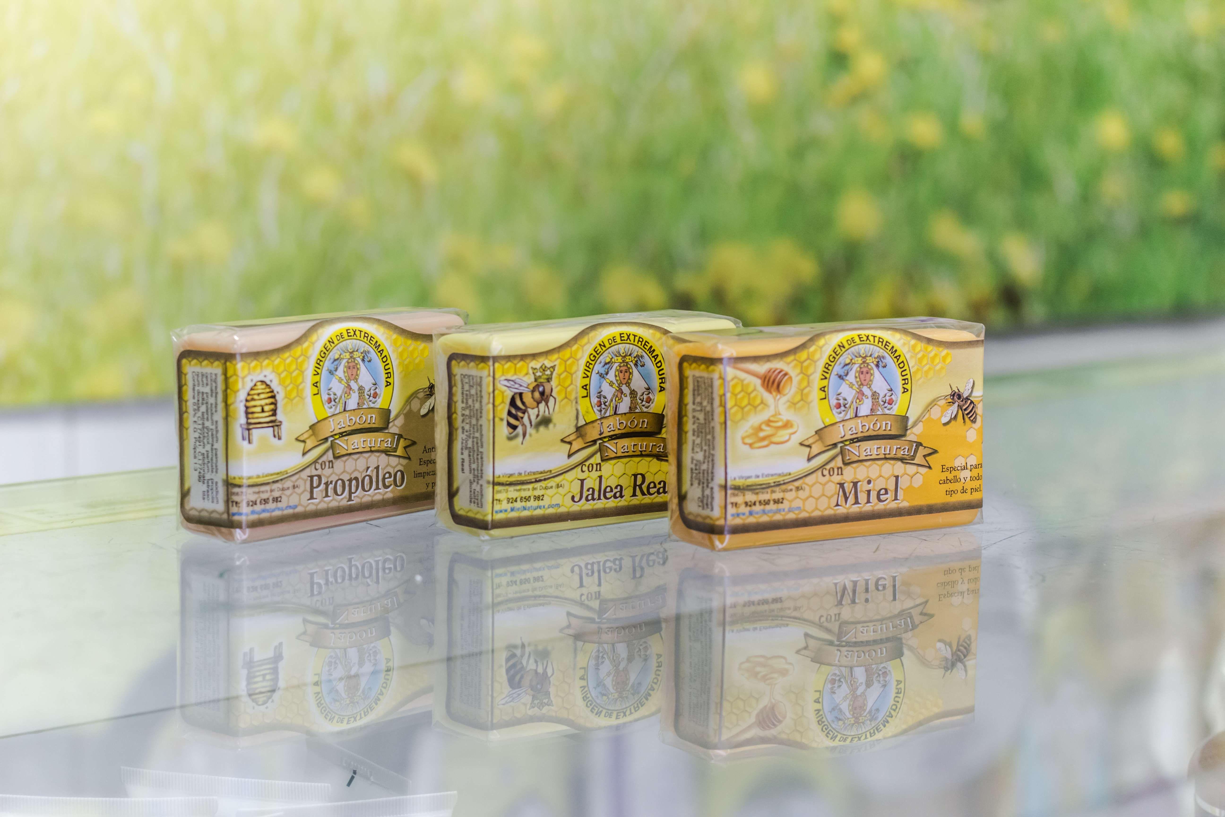 Foto 31 de Venta de miel, productos dietéticos y cosmética natural en Herrera del Duque | Miel Virgen de Extremadura