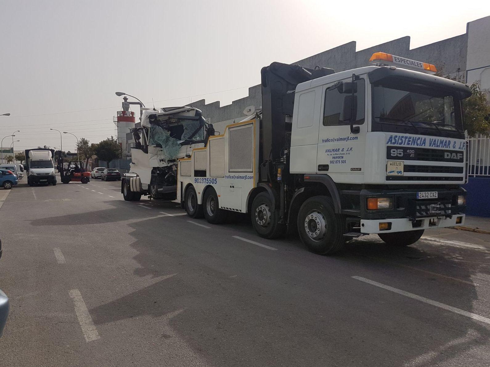 Grúas especiales para Camiones.