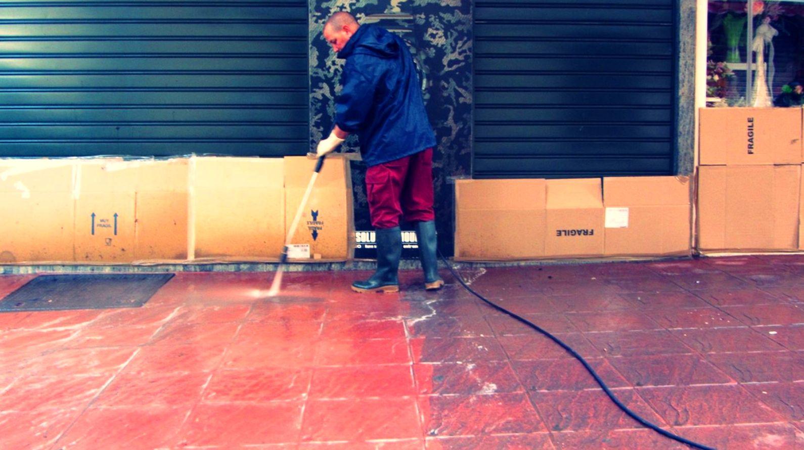 Limpieza e hidrofugado de suelo