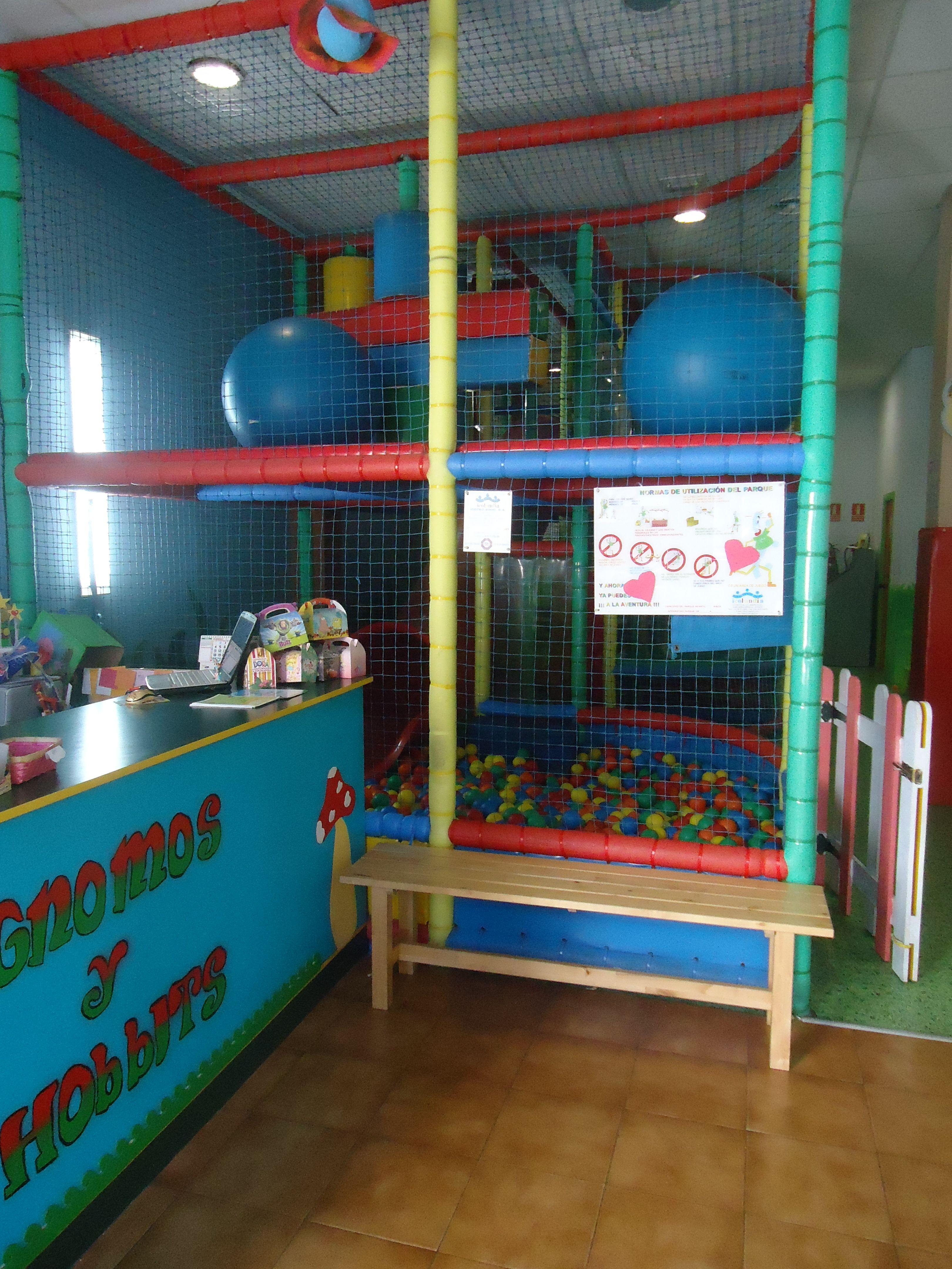 Foto 13 de Parques infantiles en Móstoles | Gnomos y Hobbits
