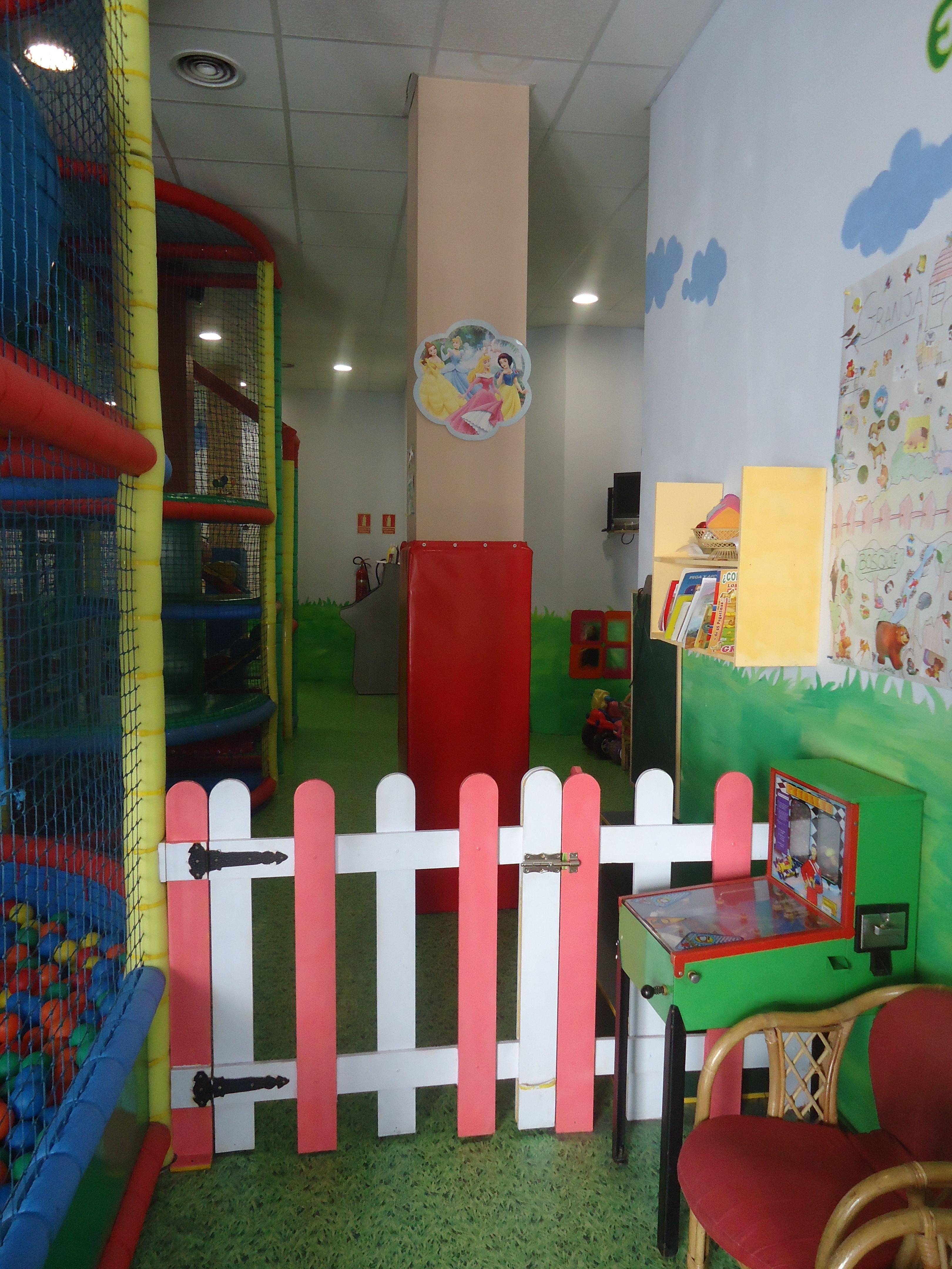Foto 20 de Parques infantiles en Móstoles | Gnomos y Hobbits