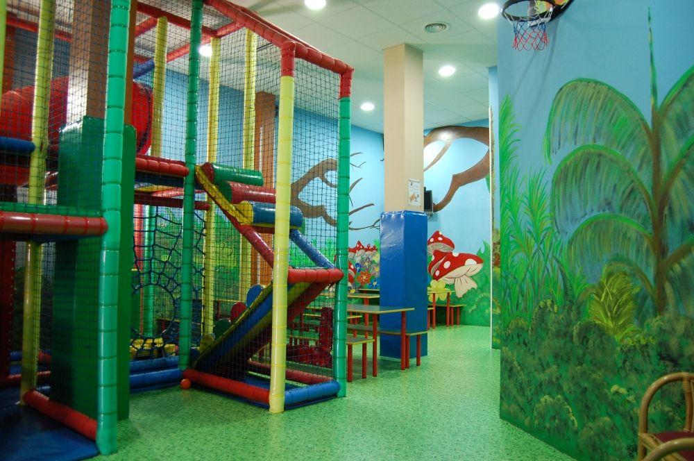 Foto 30 de Parques infantiles en Móstoles | Gnomos y Hobbits