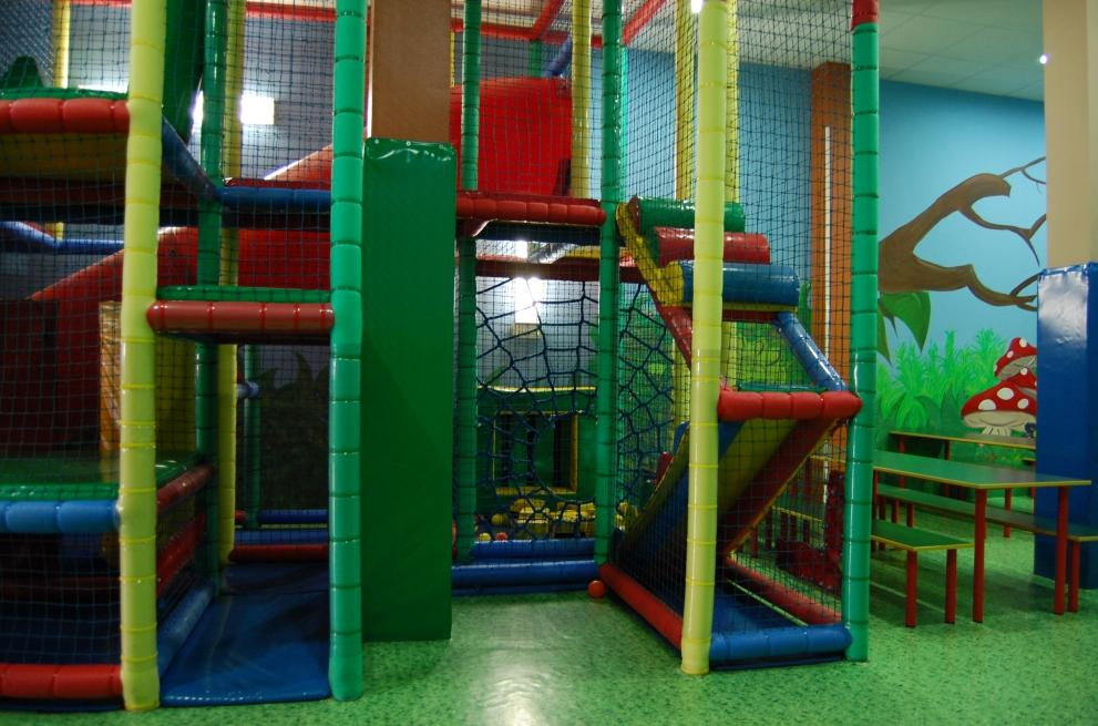 Foto 22 de Parques infantiles en Móstoles | Gnomos y Hobbits