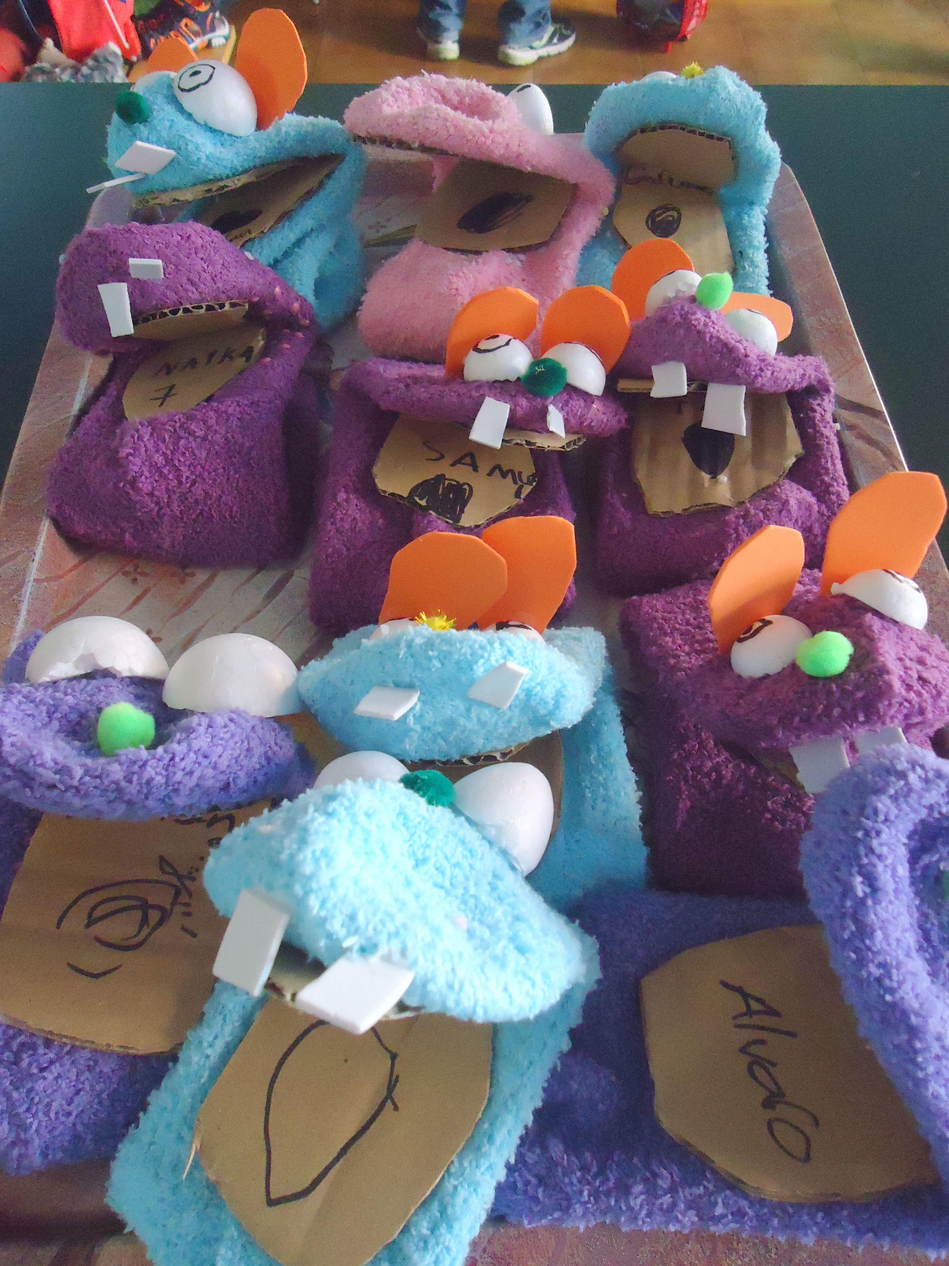 Marionetas hechas por nuestros peques del campamento de verano