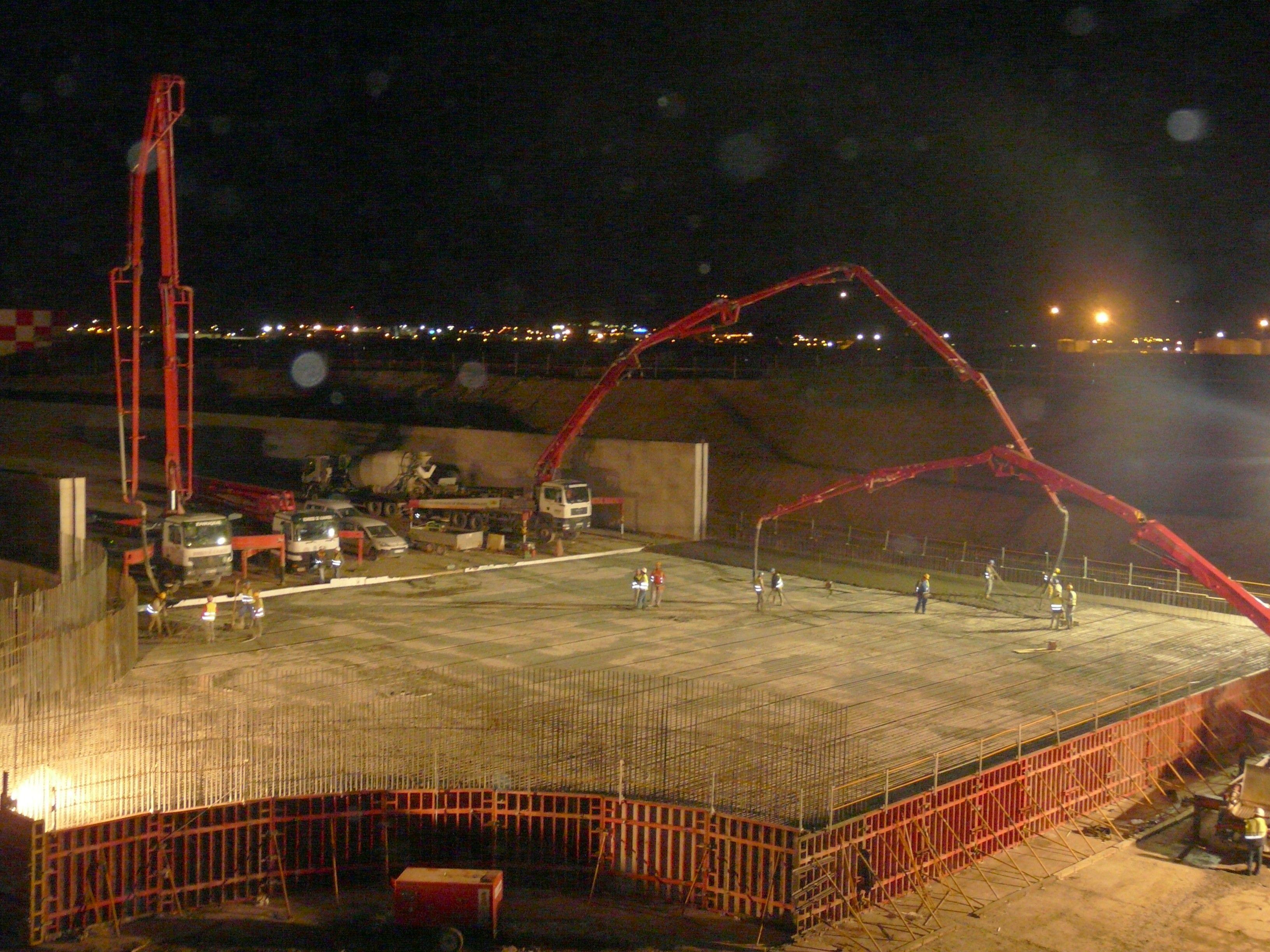 Maquinaria de última generación para el bombeo de hormigón en Málaga