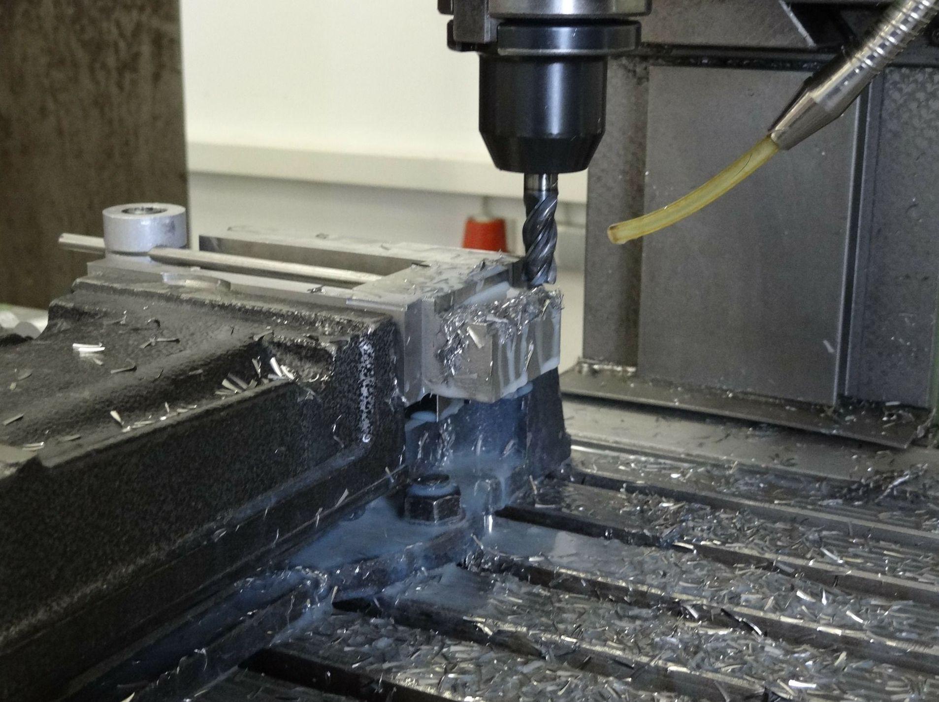 Montaje de maquinaria en instalaciones industriales