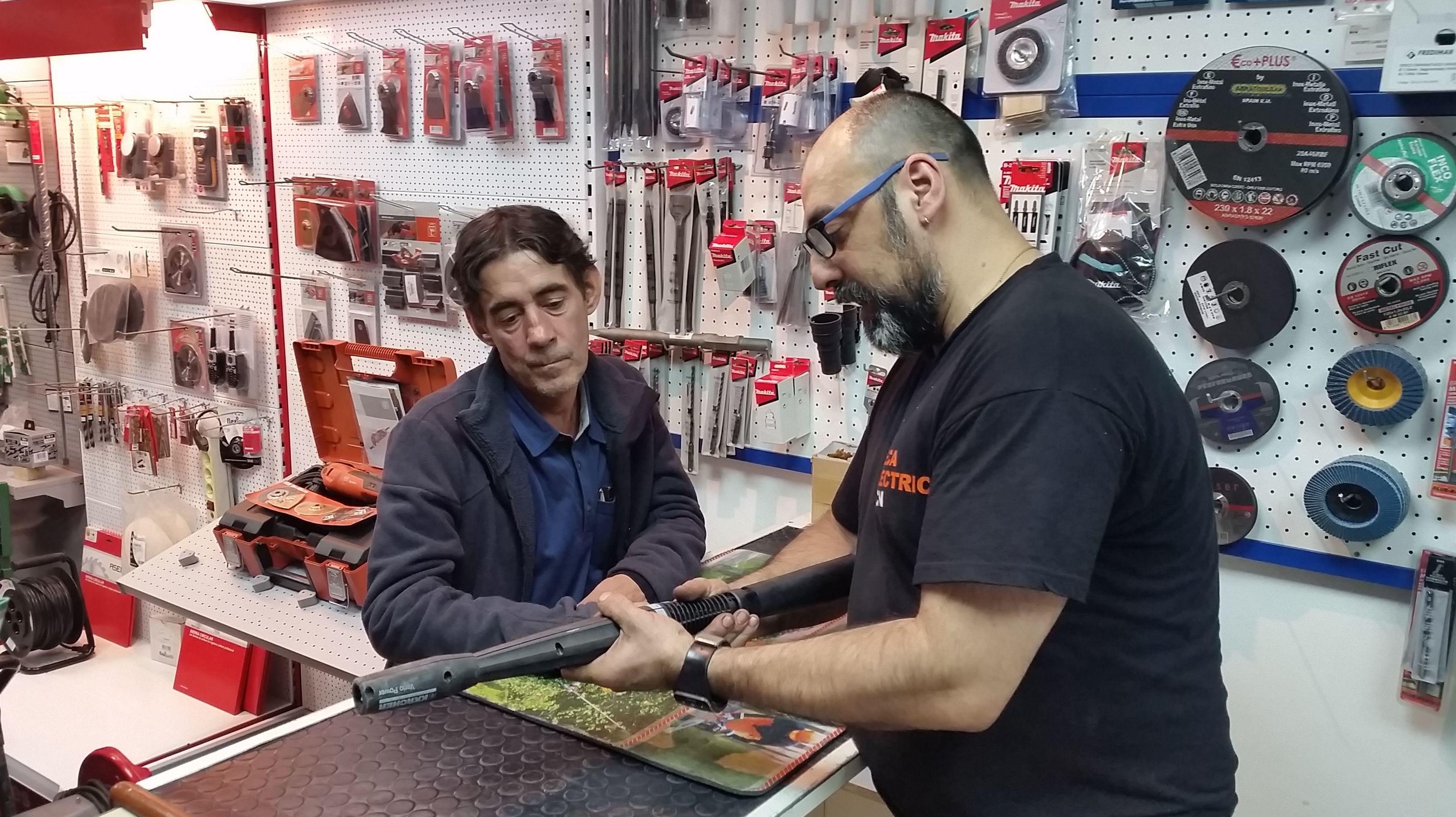 Foto 2 de Máquinas y herramientas en Barcelona | Mecaelectric BCN