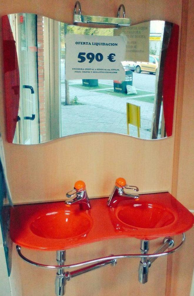 MUEBLES DE BAÑO: Productos y Servicios de Fontanería Los Chicos