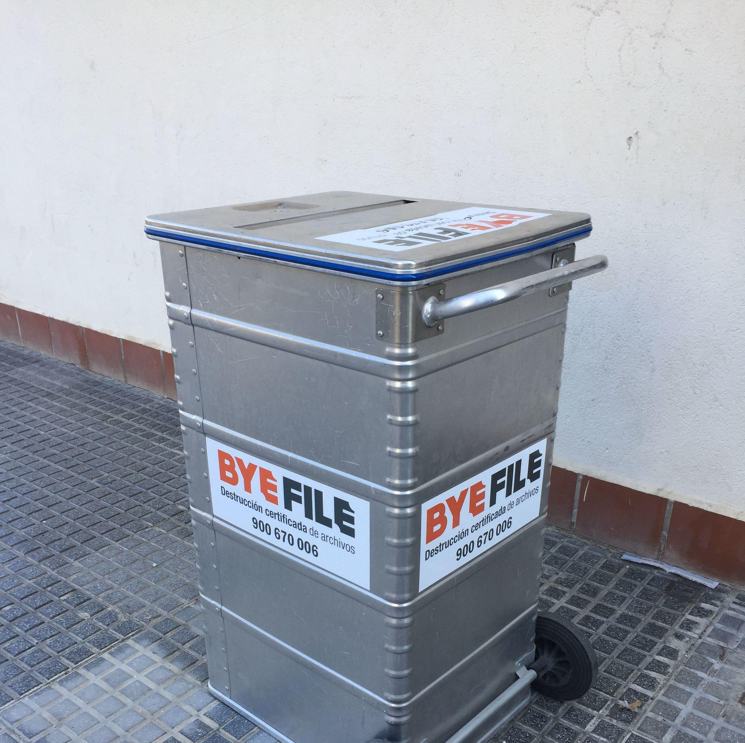 Foto 2 de Destrucción certificada de archivos en Málaga | Servicio Integral de destrucción de documentos