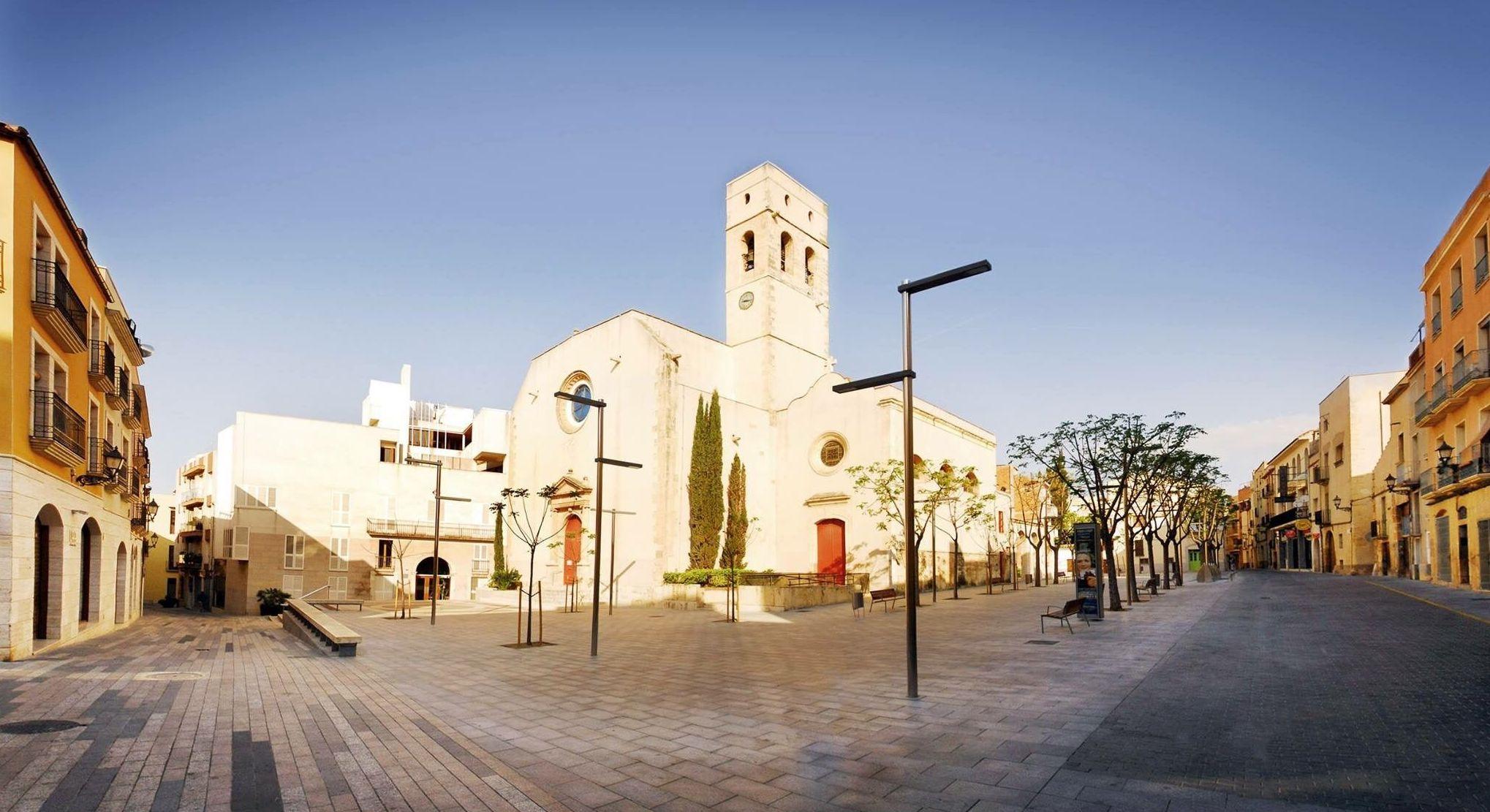 Gestoría Autónomos Tarragona. Estamos en la plaza de la Iglesia en Vila-seca (Tarragona)