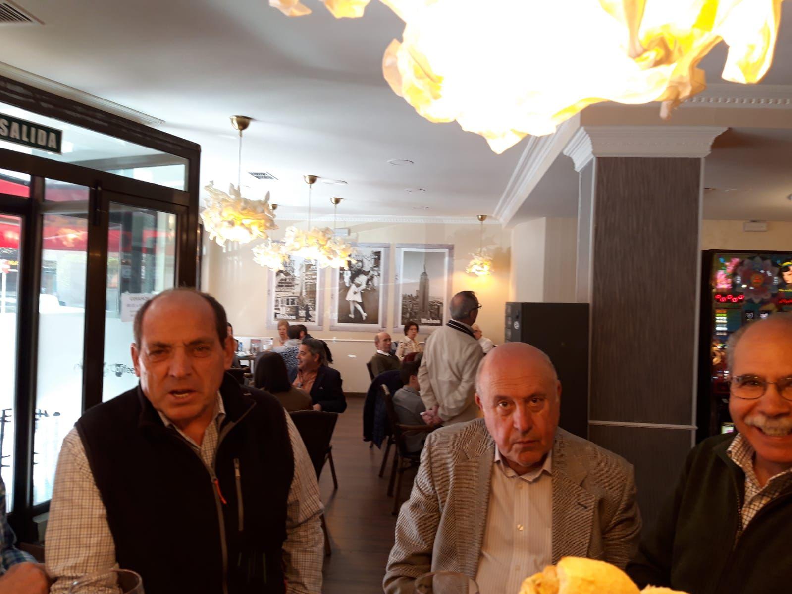 Foto 28 de Tapas y raciones en    Société Coffee