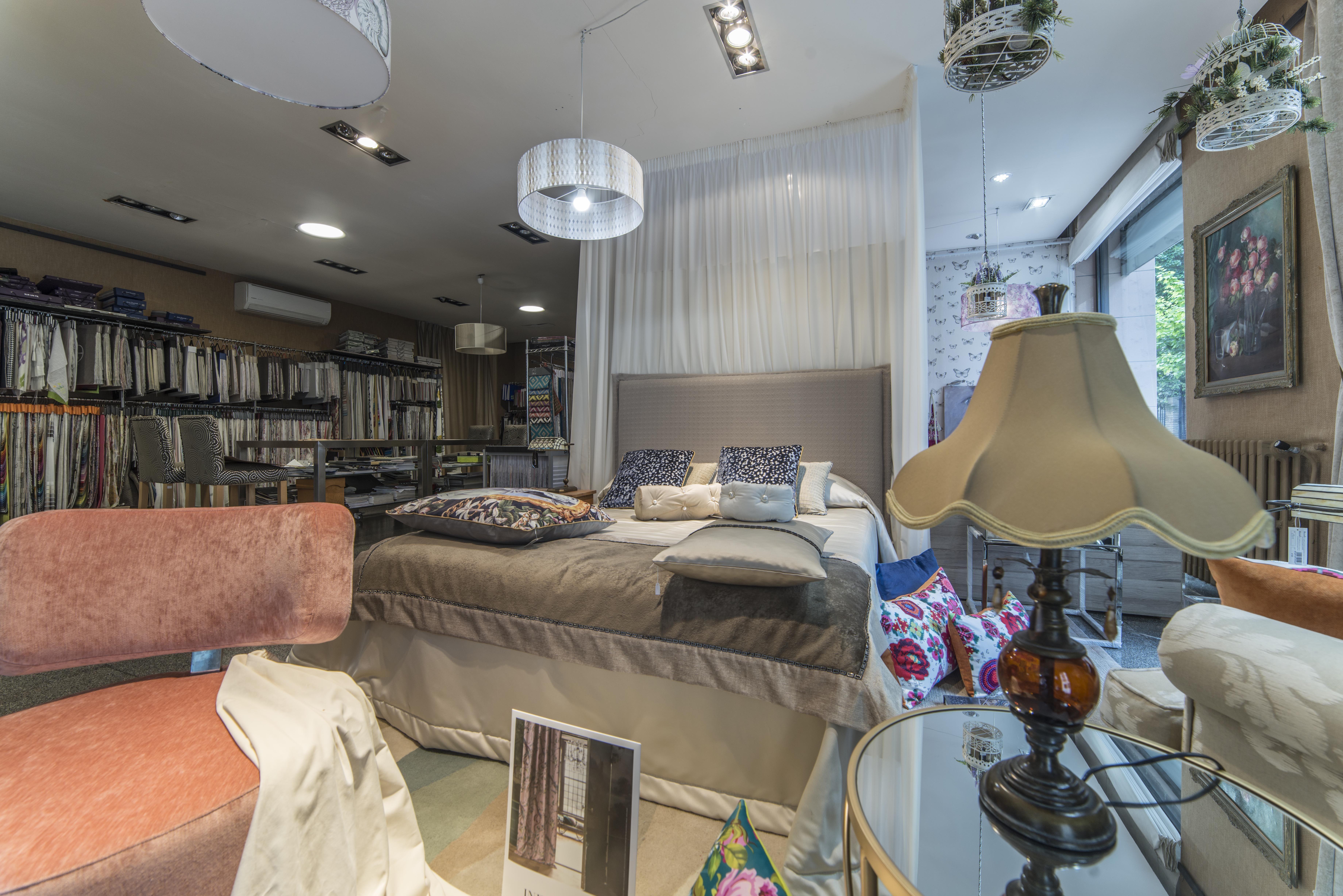Cortinas, tapicerías y todo tipo de tejidos en Tudela