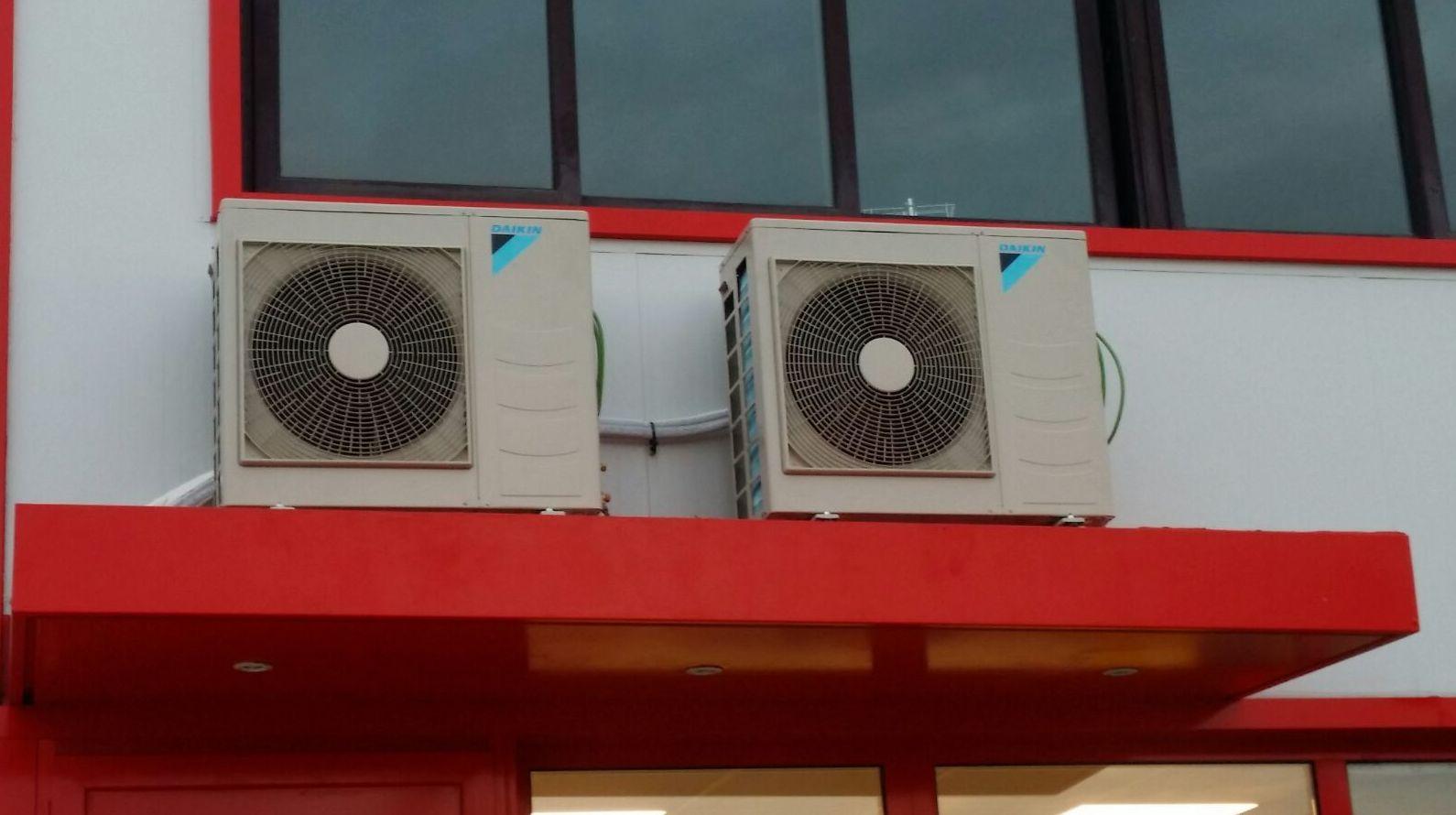 Reparación de aire acondicionado Gijón http://www.tempconfortinstalaciones.es/es/