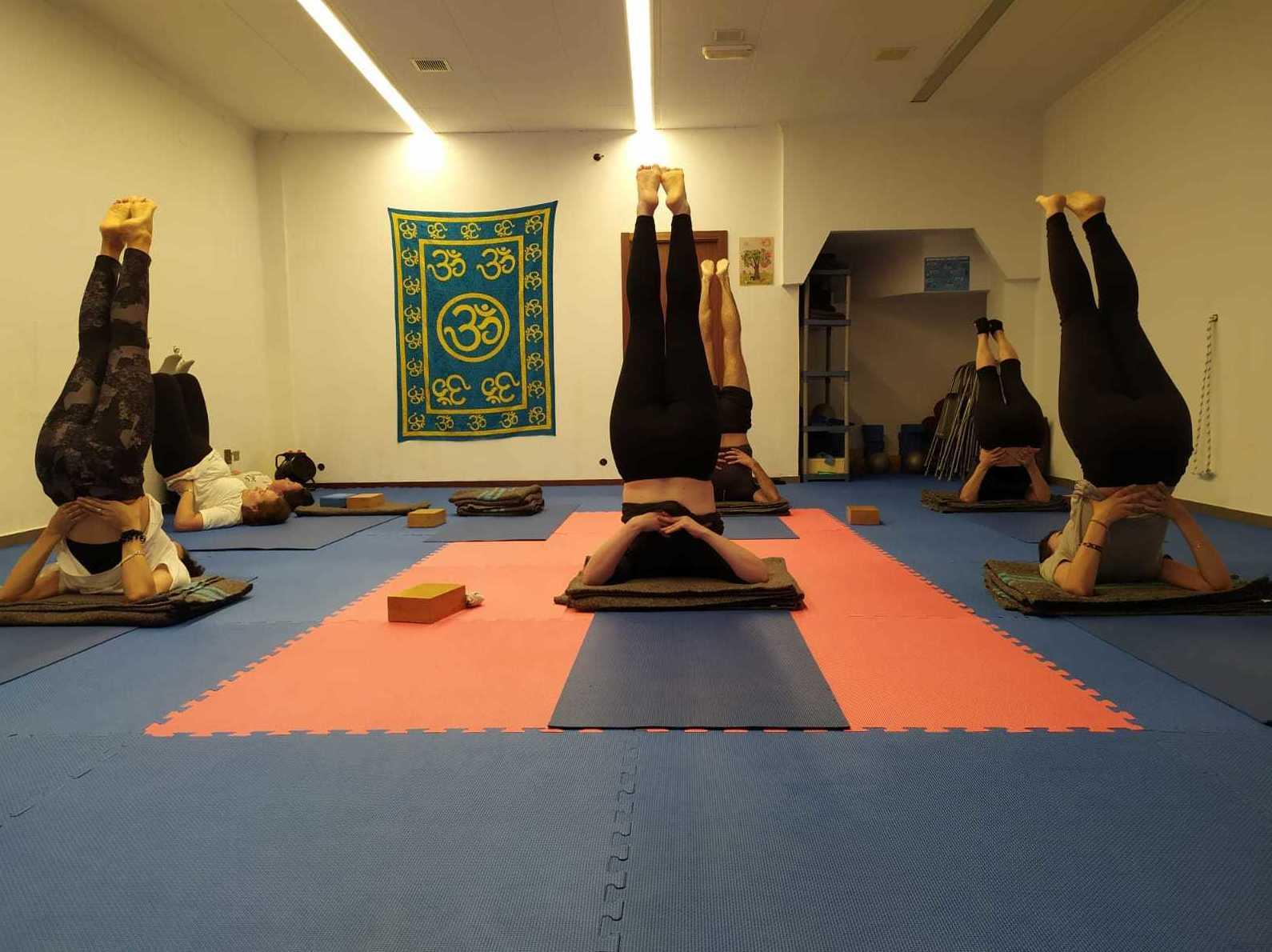 Foto 8 de Yoga en  | Vedanta Yoga