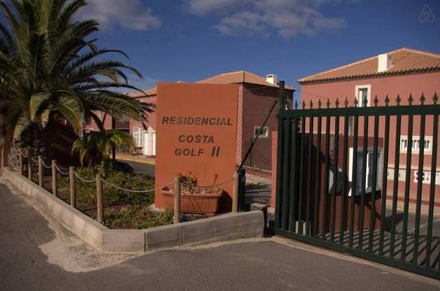 Dúplex de 1 dormitorio venta en Nuevo Horizonte, Antigua: Adosados y Pisos de OH Gestión