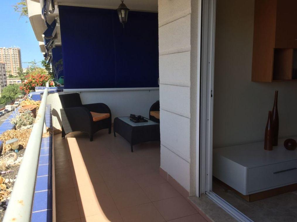 Compraventa de apartamentos en Tenerife, Los Cristianos
