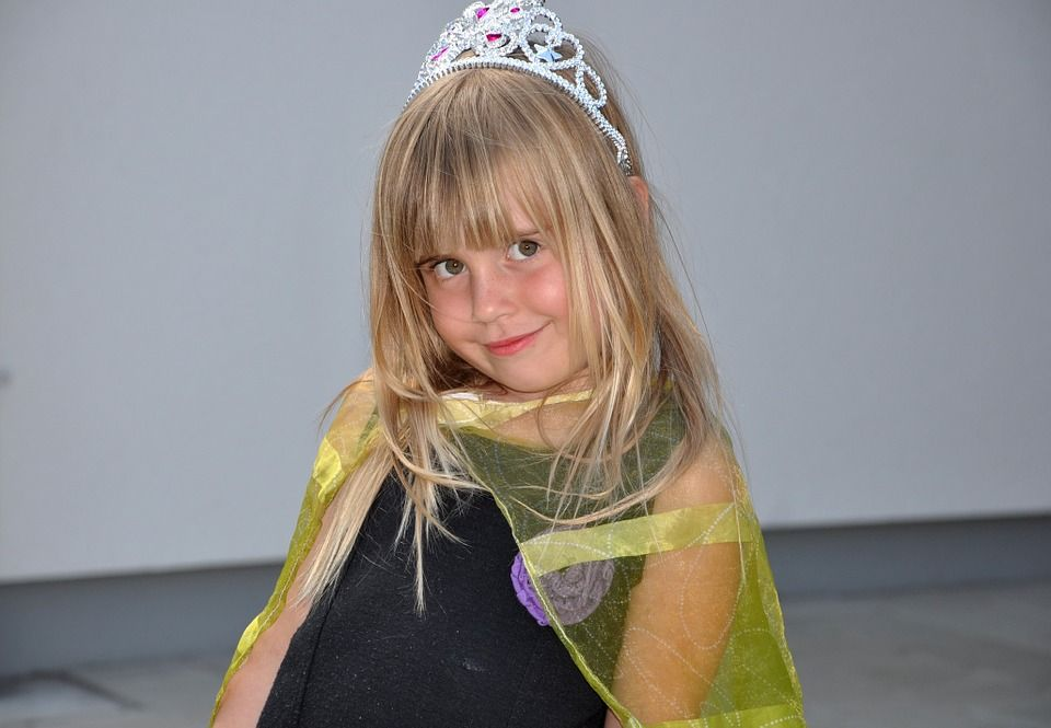 Beauty party infantil: Servicos de Laurent Eventos and Beauty