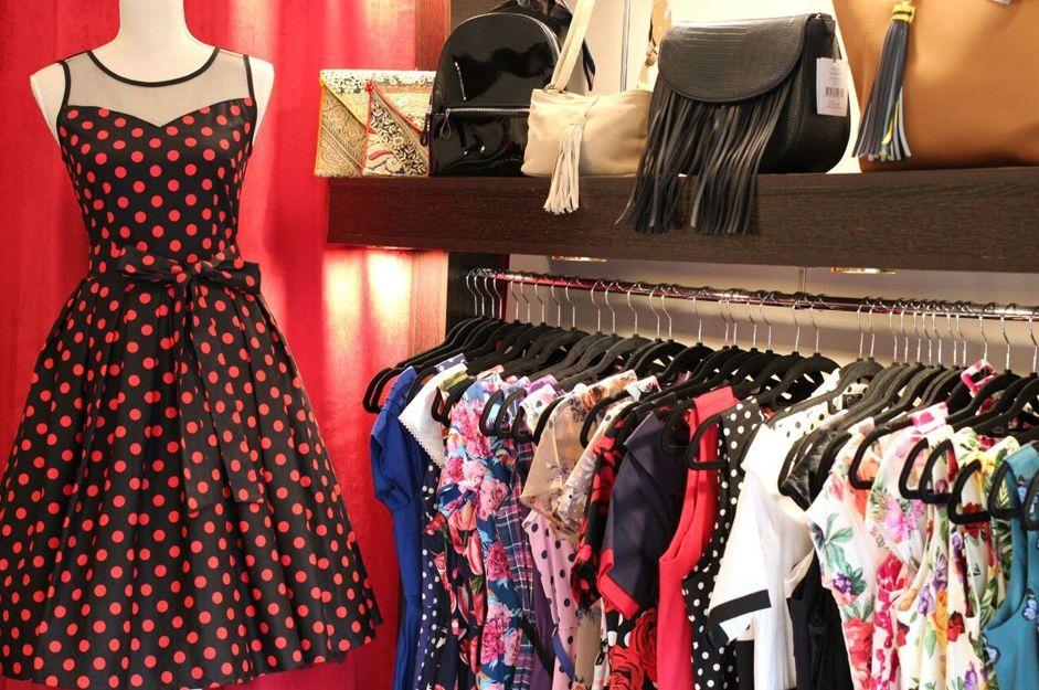 Foto 6 de Tiendas de ropa de mujer en Madrid | Midi Style